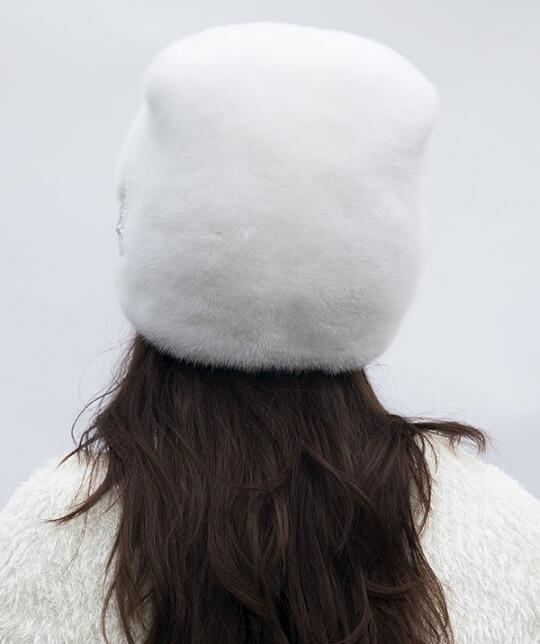 Милена-бел-зад